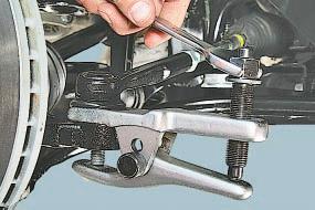 Замена наружного наконечника рулевой тяги Опель Астра Н