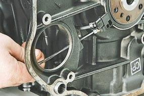 Датчик положения коленчатого вала двигателя Опель Астра Н